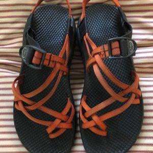 Chaco ZX/2 Unaweep Orange Sandals Size 9